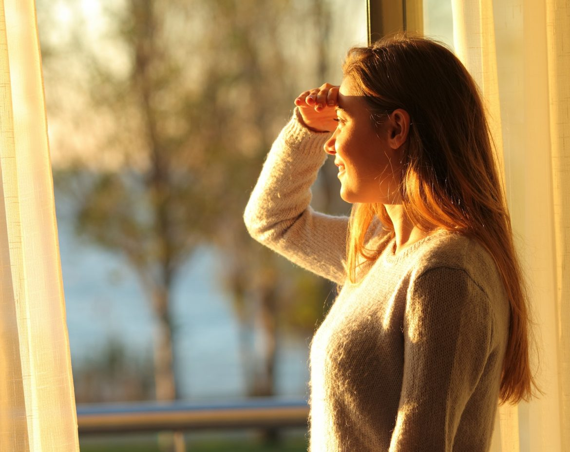 Glare Issues & Excessive Heat Problems As You Spend Time At Home? - Home Window Tinting in Costa Mesa and Orange County, California
